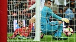La loca celebración de Carreño, Camacho y Kiko en Telecinco por el gol de España contra