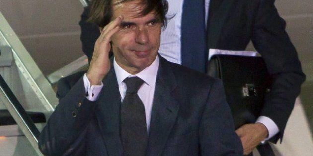 Aznar cuenta en sus memorias cómo fue el proceso de elección de Rajoy como su