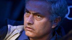 El Bernabéu habla: pitada a Mourinho y ovación a Casillas