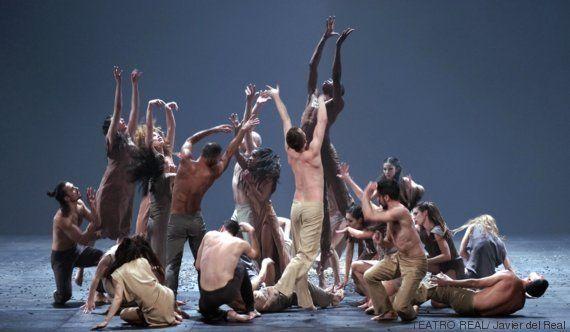 Bandadas de estorninos en el Teatro