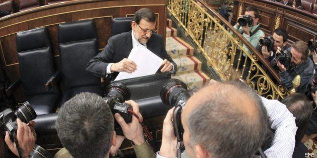 Rajoy ofrece pactos sobre pensiones o corrupción, pero rechaza hablar de paro, desahucios o