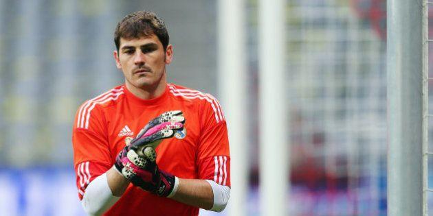 Ancelotti anuncia que Casillas volverá a jugar algunos partidos de