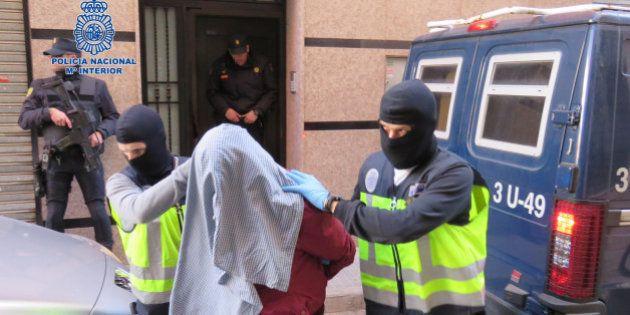 Siete detenidos en España por su supuesta relación con el Estado Islámico y Al