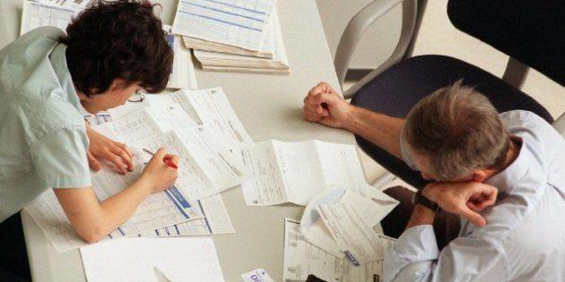 Los españoles trabajan 130 días para pagar sus obligaciones tributarias, según un