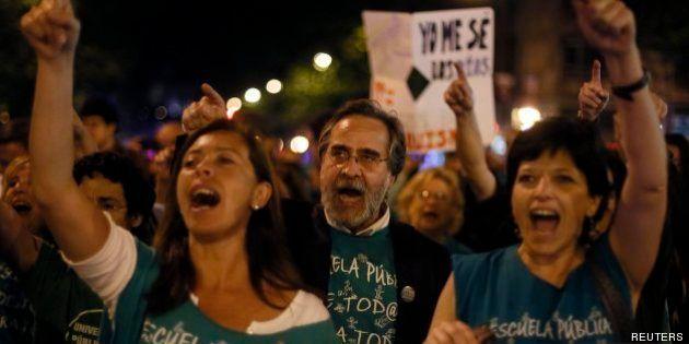 Padres, alumnos y profesores marchan en Madrid en protesta por las