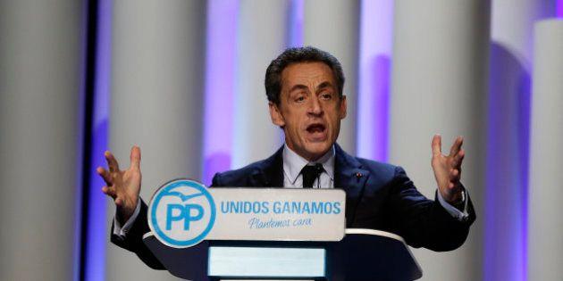 Sarkozy se atreve con el castellano y el catalán en el cierre de campaña