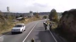 Un camionero explica cómo adelantar a un grupo de ciclistas