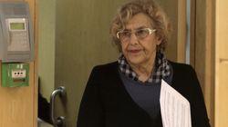 Carmena pide perdón por los títeres e investigará