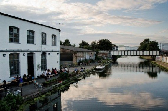 Londres: The White Building. Pizzas, cervezas e ideas en Hackney