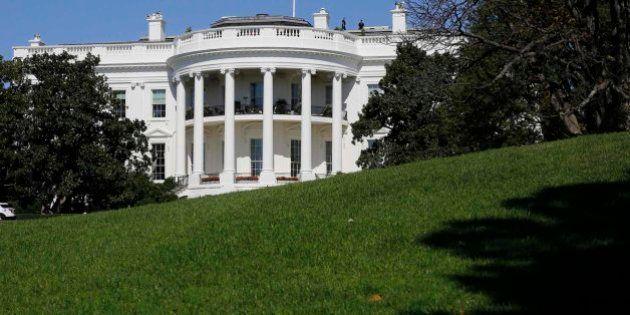 Nuevo fallo de seguridad en la Casa Blanca: un hombre salta la verja del