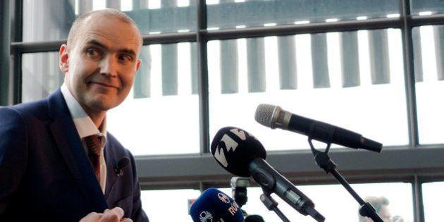 Alabanzas al presidente islandés por ver el partido junto a los