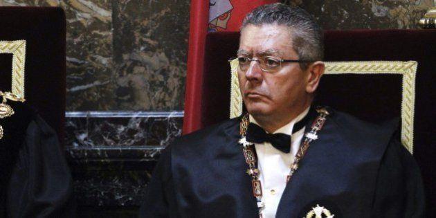 Gallardón se plantea dimitir por la posible retirada de la reforma del