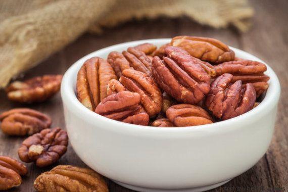 Por qué se deberían guardar los frutos secos en el