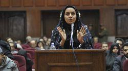 Irán ahorca a una mujer condenada por matar a su presunto