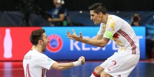 España supera a la Portugal de Ricardinho y pasa a semifinales del Campeonato de