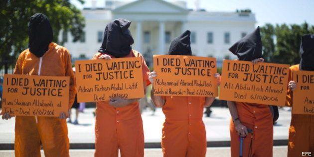 Obama promete dar pasos para cerrar Guantánamo, pero sin comprometerse con un