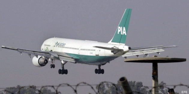 Dos detenidos por amenazar con hacer estallar un avión en