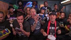 Metallica clava una versión de 'Enter Sandman' con instrumentos de