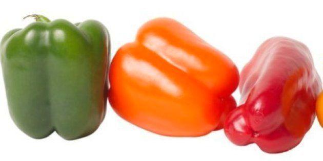 ¿Qué diferencia hay entre los pimientos verdes, los amarillos, los naranjas y los