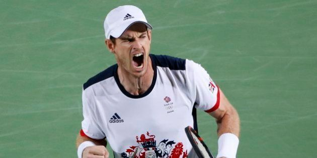 Murray hace historia al ganar su segundo oro