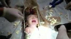 La madre del bebé rescatado de una tubería alega que fue un accidente