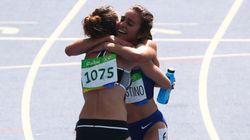 La preciosa historia detrás de este abrazo entre dos atletas