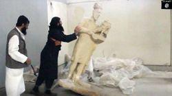 El Estado Islámico destruye piezas arqueológicas milenarias en