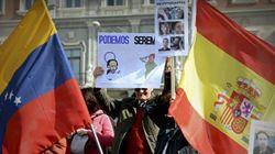 Una protesta 'antipodemos' reúne en Madrid a 500