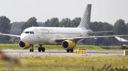 Sobresalto en un avión de Vueling por el disparo accidental de un