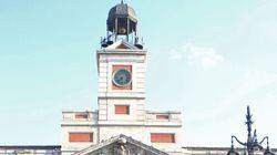 El reloj de la Puerta del Sol cumple 150 años... y se abre