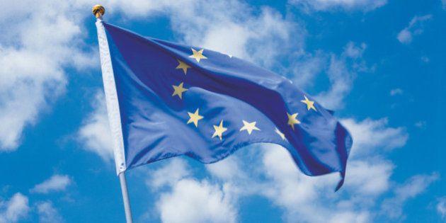 La bandera de la UE, a media asta en un pueblo de Toledo