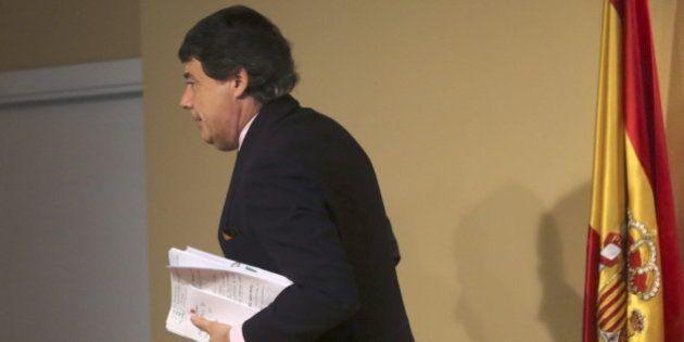El comisario Villarejo denuncia a González por acusarle de