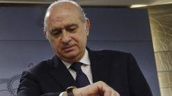 El ministro del Interior echa un cable a Ignacio