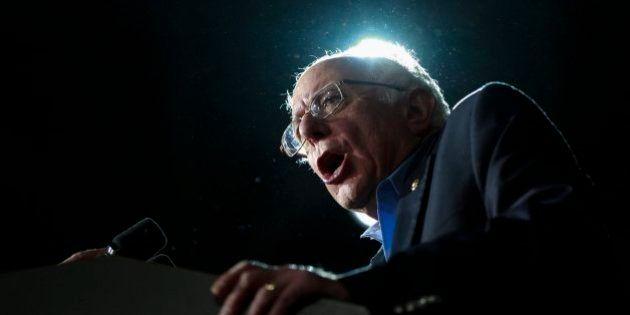 El 'efecto Bernie' que arrasa a Hillary Clinton: esto es lo que hay detrás de