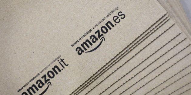 Las primeras ventas de Amazon en 2017: un volante para la Play, un puzzle y una caja de