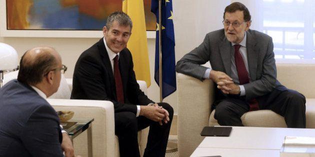 Rajoy confirma ante CC que se presentará a la investidura y baraja la última semana de