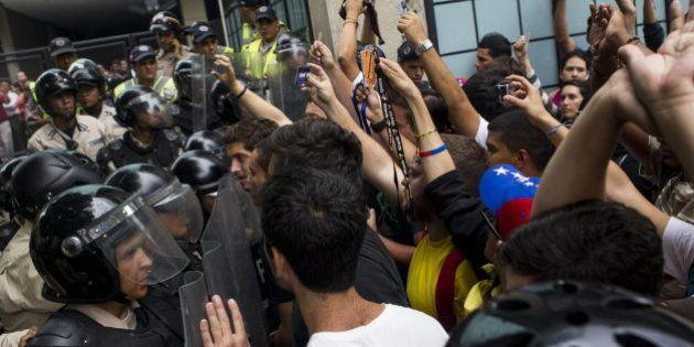 Nuevas manifestaciones en Venezuela cuando se cumplen tres meses de