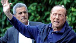 Berlusconi abandona el hospital confiado en poder seguir en la política
