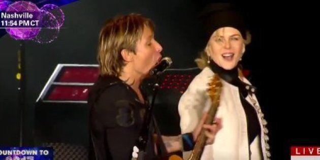 El espectacular tributo de Keith Urban a Leonard Cohen, David Bowie y