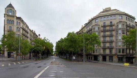 Así sería Barcelona si todos sus habitantes huyesen