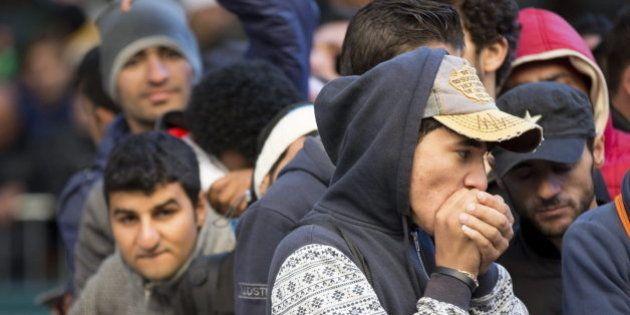 Localizados tres refugiados sirios dentro de un camión frigorífico en