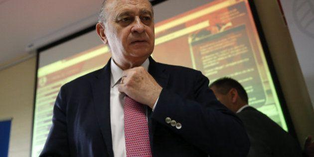 Fernández Díaz asegura que prefiere no contribuir al espectáculo sobre sus