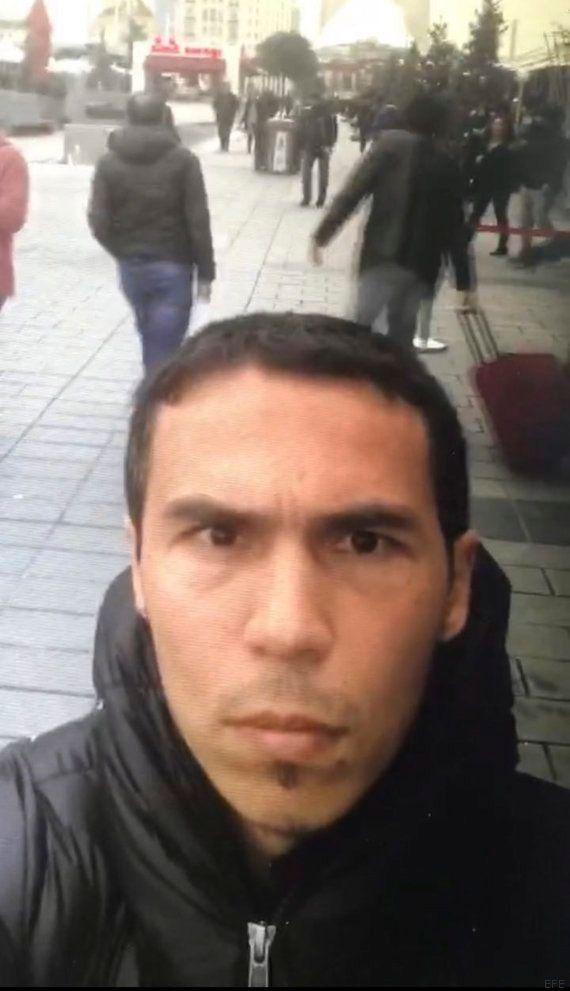 La policía turca busca a este hombre como autor del atentado de