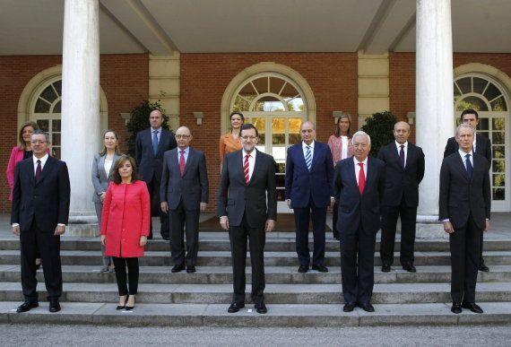Rajoy preside la nueva foto oficial de Gobierno con