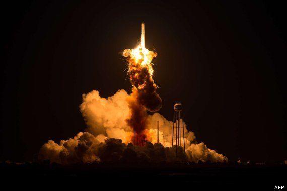 Explota un cohete no tripulado de la NASA para abastecer la Estación Espacial Internacional