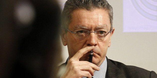 Gallardón se queda solo en la defensa de las tasas judiciales: el sector de la Justicia se opone en