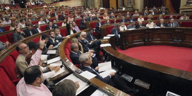 Dos diputadas del PSC rompen la disciplina de partido y apoyan la consulta del