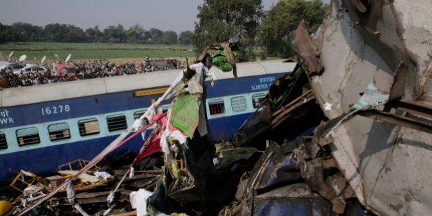 Tragedia en la India: Más de cien muertos en un accidente de tren en