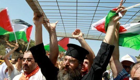 Los curas, en la trinchera contra el muro de Palestina