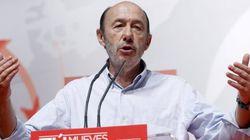 Rubalcaba insta a Santamaría a pedir el cese de Cañete por su